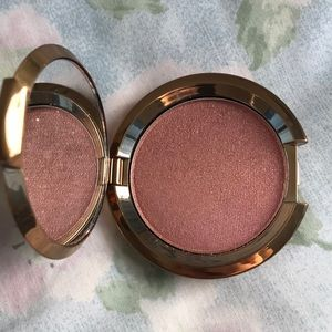 Becca Light Chaser Highlighter Amethyst Geode